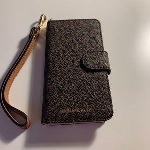 Michael Kors iPhone 7 wallet/case